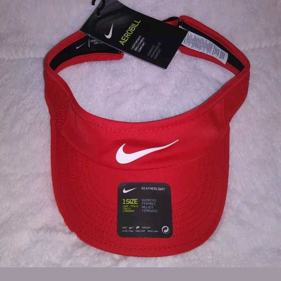aa44ae396 Women's Nike Aerobill Featherlite Adjustable Dry F NWT
